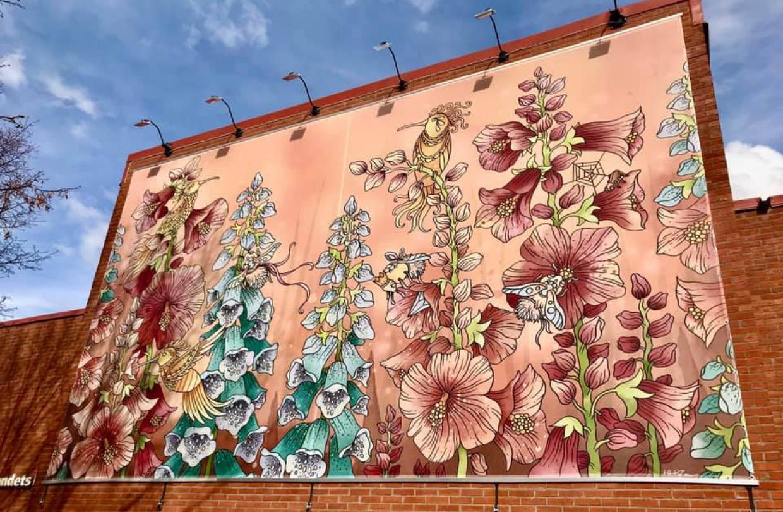 Hanna Karlzon creates huge wall mural